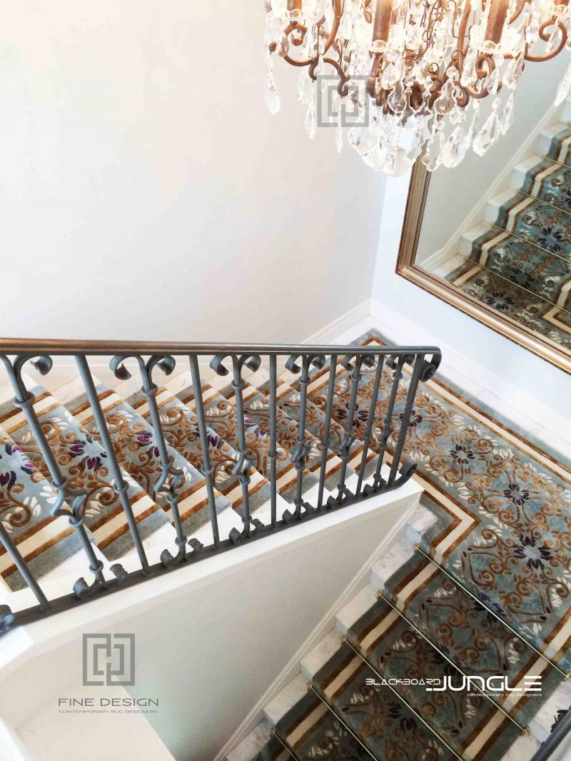 Elegant_staircase_runner_with_rods