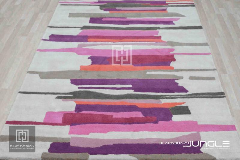 Retail_shop_luxury_rug_for_dressing_rooms