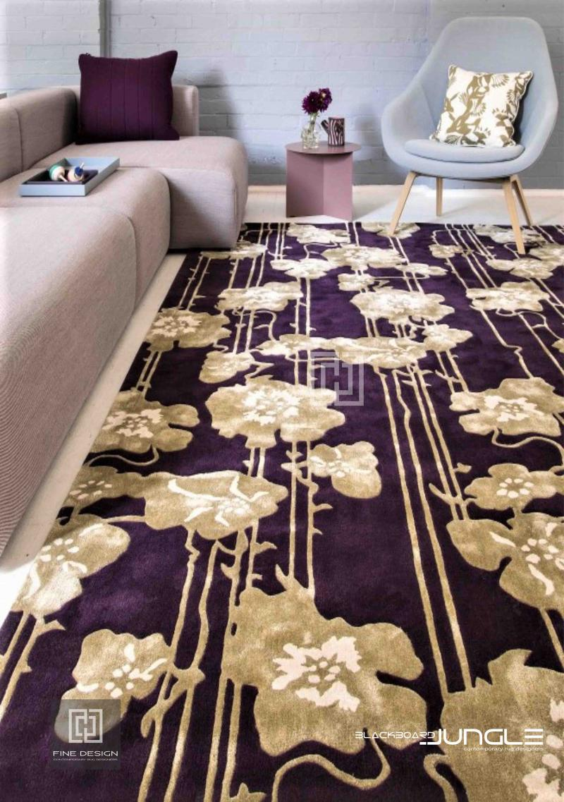 Retail_store_viewing_sitting_room_area_rug