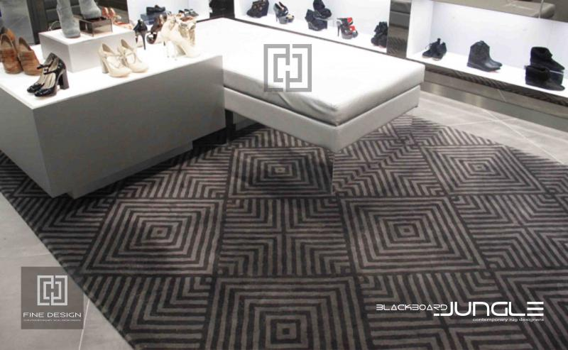 Shoe_retail_store_carpet